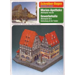 Marien-Apotheke (Markplatz 10) y Gewerbehalle (Marktplatz 9) en