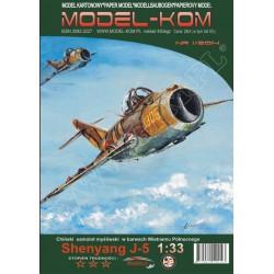 Shenyang J-5, 1:33, Model-Kom