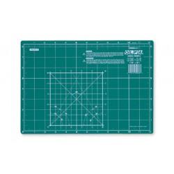 Plancha de corte Olfa CM-A4